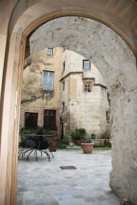 distillerie terrasse et cour intérieure